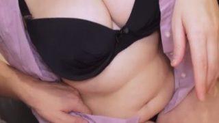 中年女性の浮気動画 – 無修正